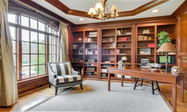 成都家和装饰为您介绍,书房的装修要点