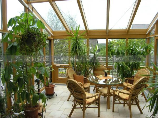 还在把你家的阳台当做杂物间吗?成都装修公司为你专业讲解阳台如何