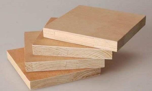 成都装修公司告诉你漂亮的木板墙壁背后原来是细木工板的功劳