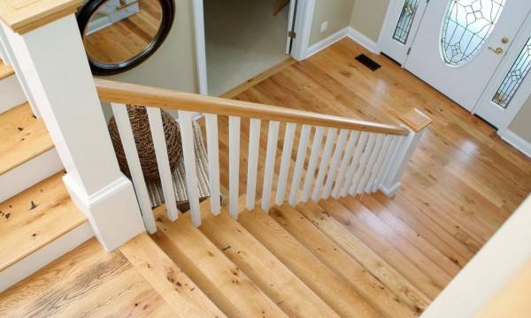 楼梯踢脚线是什么东西?成都旧房改造带你了解一下这种别墅级的高端配置