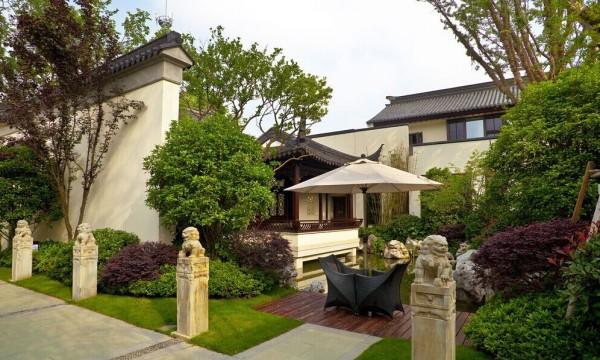 青山不改绿水长流,成都旧房改造小编为您介绍中式别墅的设计理念