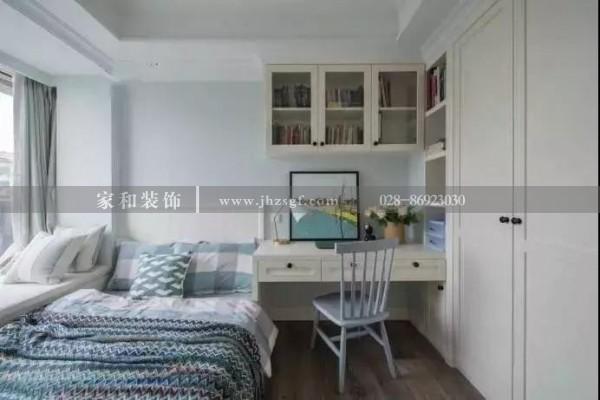 室内装修设计小面积的卧室花点心思去设计,也能装出实用与情趣~