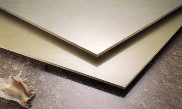 为了家里老人和孩子的安全,成都旧房改造小编建议了解一下瓷砖防滑技术吧!
