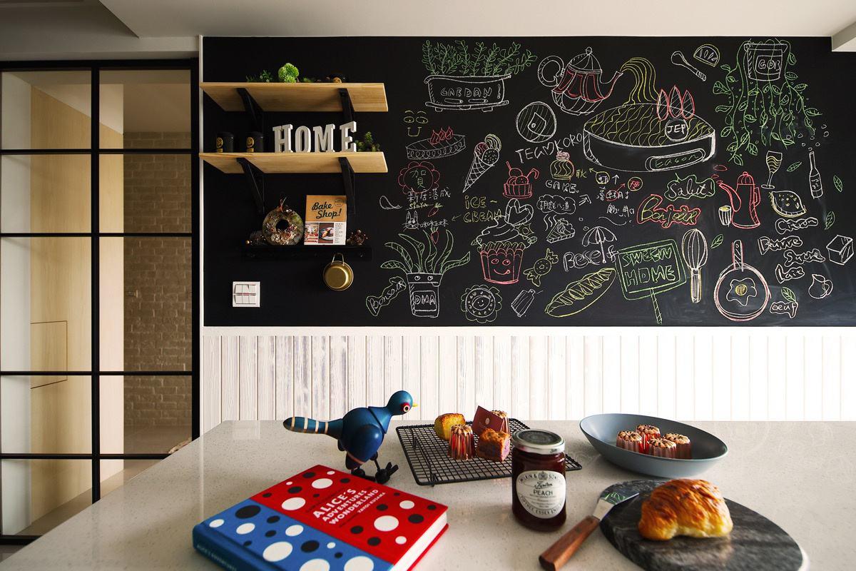 把家里墙面刷成黑板墙是种什么体验?
