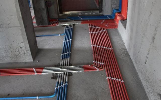 成都旧房改造新房装修水电改造有必要穿管吗师傅这样做可把业主气坏了