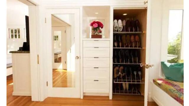 成都装修为何别人家的鞋柜就是鞋柜而我家的鞋柜只能是杂货架