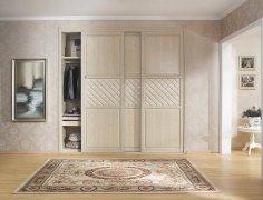 定制衣柜和成品衣柜哪个好谁用谁知道-家和装饰