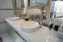 成都装修公司教你如何挑选适合自己家的浴室柜?