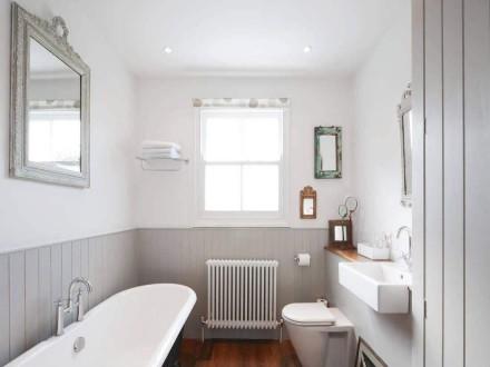 淋浴房有千百款你家到底适合什么样的让成都装修来告诉你答案