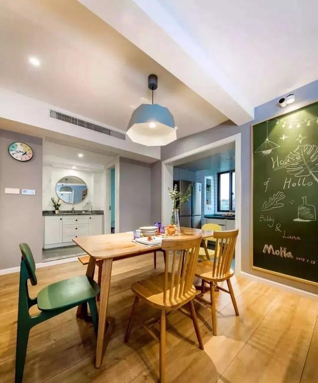 小户型餐厅这样设计,情调满满,想要收纳也是可以的